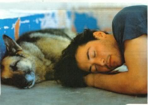 WHY DO WE LOVE KEANU? Because he knows that sometimes all you need is a buddy and a nap. (chicfoo) keanu
