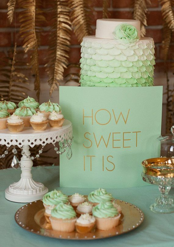 Mint & gold  | 100 Layer Cake