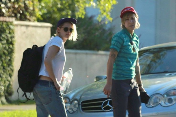 Kristen Stewart And Alicia Cargile Plan Marriage On Father's Day? 'Twilight' Actor Robert Pattinson Jealous?