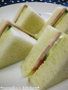 喫茶店の味♡ハムときゅうりのサンドイッチ
