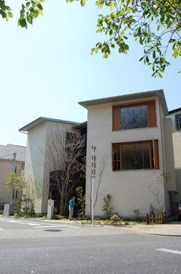House in Tamagawajosui|玉川上水の家 堀部安嗣