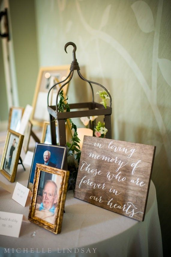 memory table signage | signage ideas weddings | by paper and pine co. | http://emmalinebride.com/decor/signage-ideas-weddings/ | photography: michelle lindsay