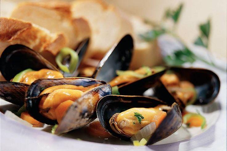 Basisrecept voor gekookte mosselen - Recept - Allerhande