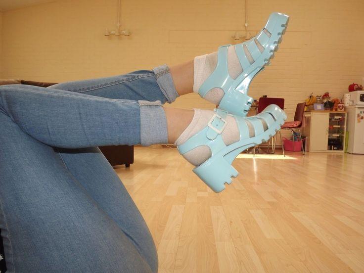 juju jelly shoes light blue