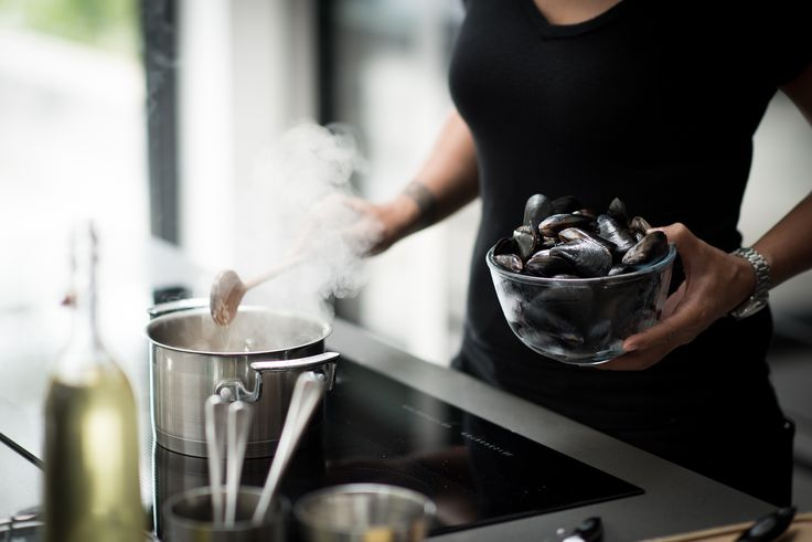 A simple bowl of mussels is a regular meal for Monica Galetti and her family at home - head to our blog Der Kern to hear more about her kitchen journey and her must have Miele appliances