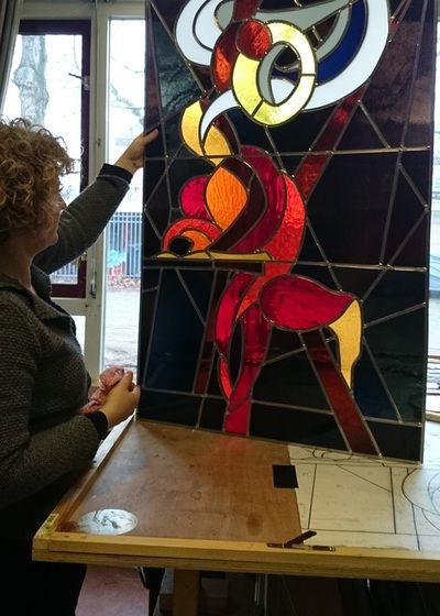 Inspiratie (naar De inspiratie van Mattheus van Caravaggio) - Yvon Feenstra ong. 100*120 cm, met houten lijst. Glas in lood. kijk voor meer info: www.glassbyyvon.com