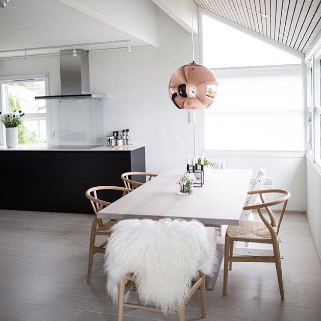 Instagram media by hthmolde -   K J Ø K K E N   Enda et nydelig bilde fra @lindakipper sitt superflotte HTH VH7 Kjøkken levert av @hthmolde ⭐️⭐️