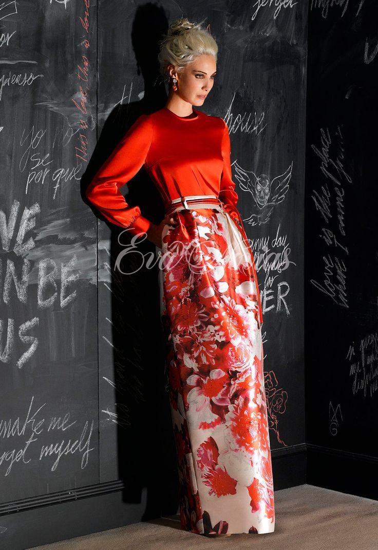 Vestido de fiesta Modelo 5421  de Nacho Bueno 2017 en Eva Novias Madrid.  #vestido #fiesta #madrina #2017 #moda #fashion #invitada #invitadaperfecta #evanovias #tienda #madrid #modamujer #nacho #bueno