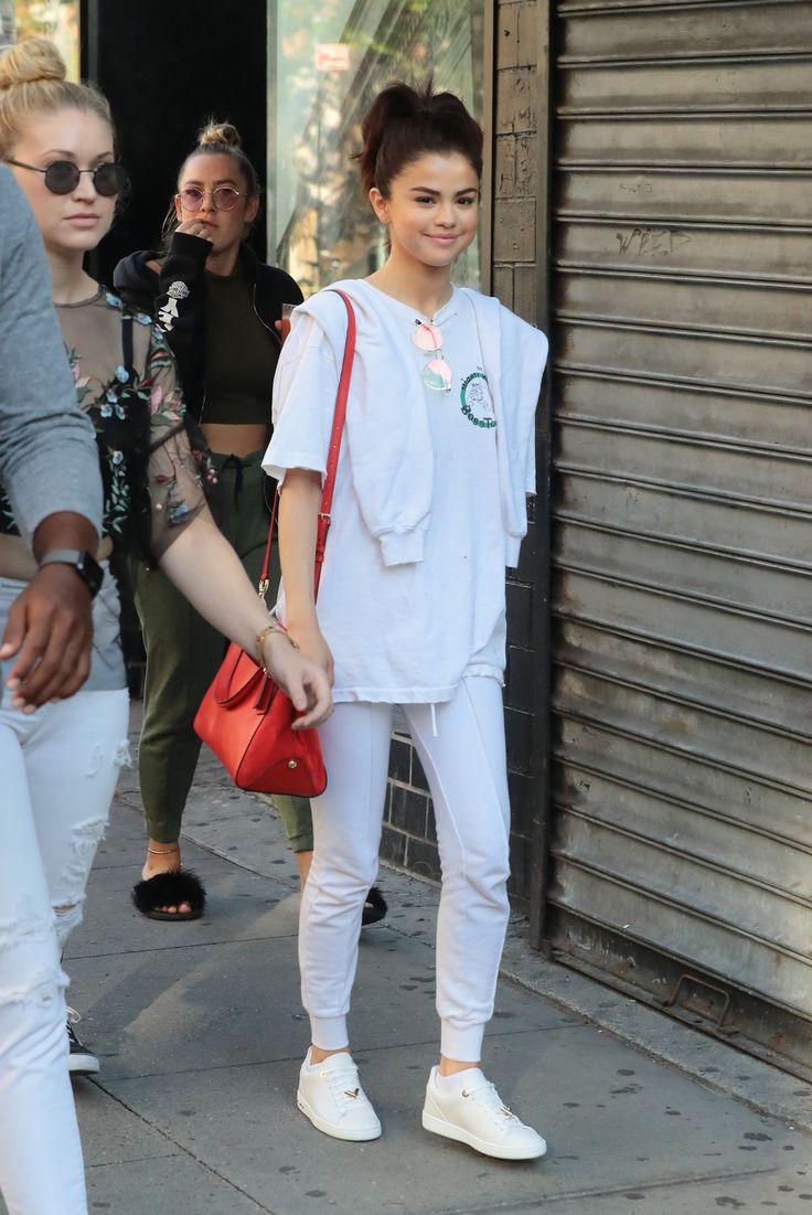 September 4: Selena out in New York, NY