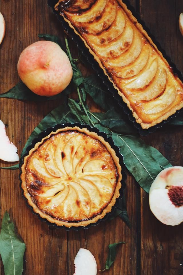 This recipe for fresh peach pie glaze can be added to any pie recipe and uses peach nectar and fresh peaches to make a sweet and satisfying peach pie.