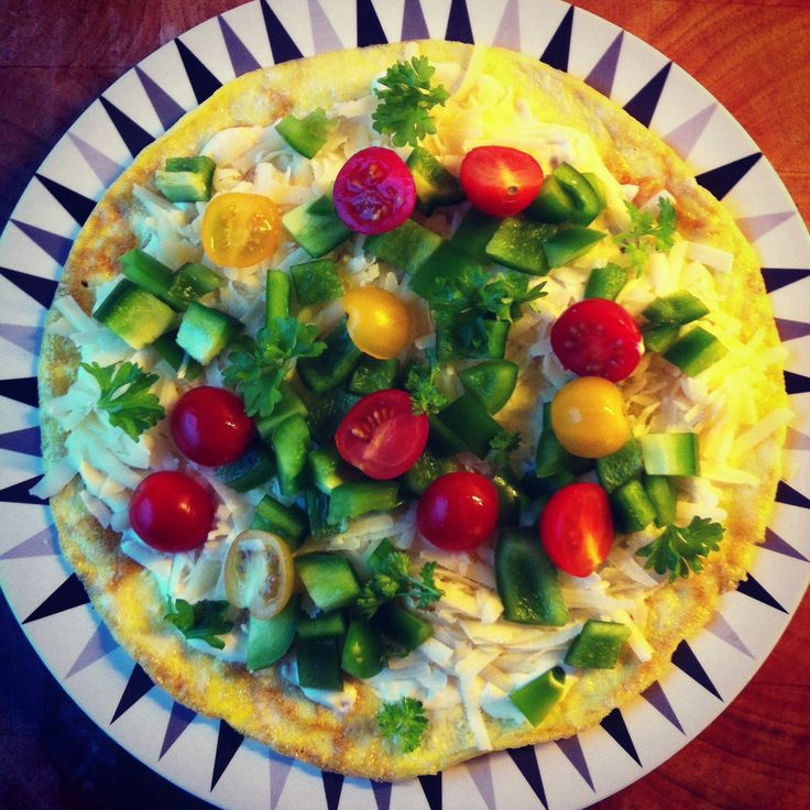 omelet with cheese, mayonnaise and veggies. LCHF