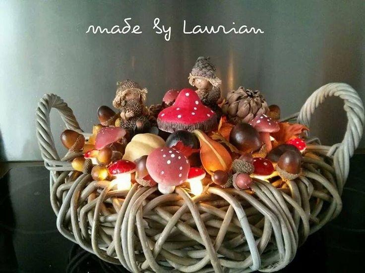 Laurian maakt hele decoratieve dingen met spulle van de Action. Deze najaarsmand is ook weer een juweeltje. Gezellig die lichtjes | by Laurian vd Schilden | DIY met de Action | Bespaarmama
