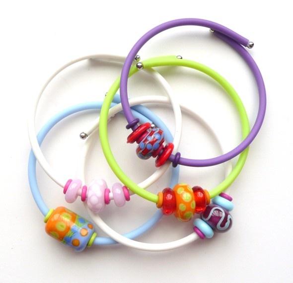 Lampwork Bead Jelly Bracelet Tutorial - The Beading Gem's Journal
