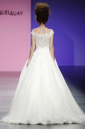 700 robes de mariée 2016 repérées à la semaine du mariage à Barcelone