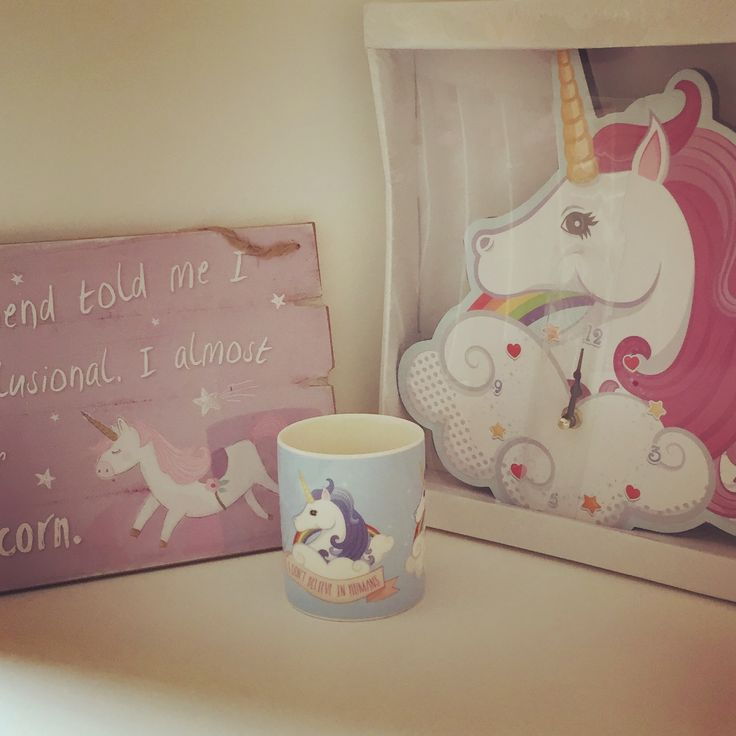 Unicorn clock.  Unicorn hanging sign/plaque 'my friend told me I was delusional I almost fell off my unicorn'. Unicorn mug