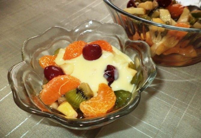Gyümölcssaláta desszertöntettel Gabystól