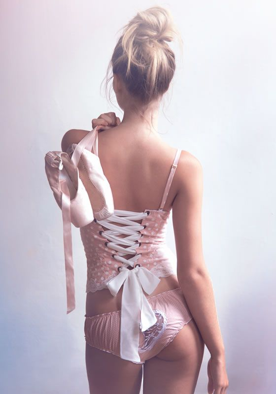 Karol Martins-Hand Made Lingerie! If I ever bought Lingerie I would get something along these lines!
