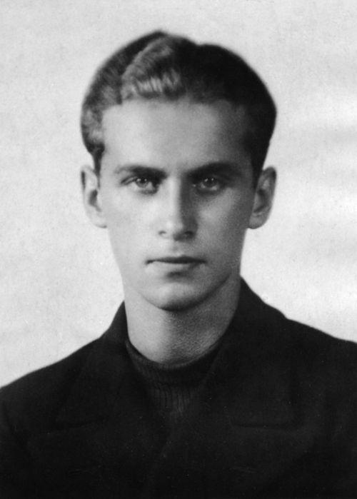 Krzysztof Kamil Baczyński (1921-1944) Polish poet, soldier of Armia Krajowa, member of the underground scout organization Szare Szeregi, par...