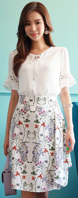 StyleOnme_Floral Print Drape Detail A-Line Skirt #feminine #floral #summerlook #koreanfashion #kstyle #kfashion #dailylook #seoul #skirt