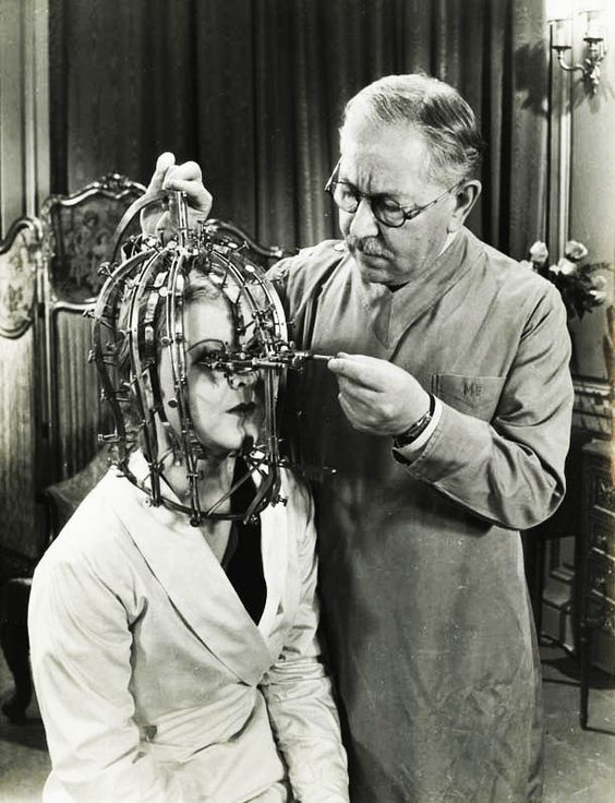 Max Factor's Beauty Micrometer, 1934