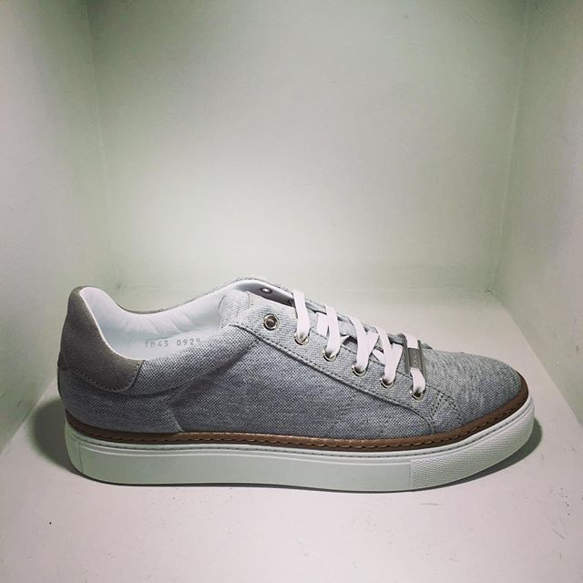 Grey low-top sneakers  #Corneliani #shoes #ss16 #shopincrocio