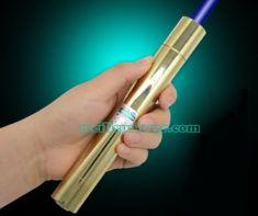 Pointeur Laser 30000mW Puissant Pas Cher sur www.velocustom.eu