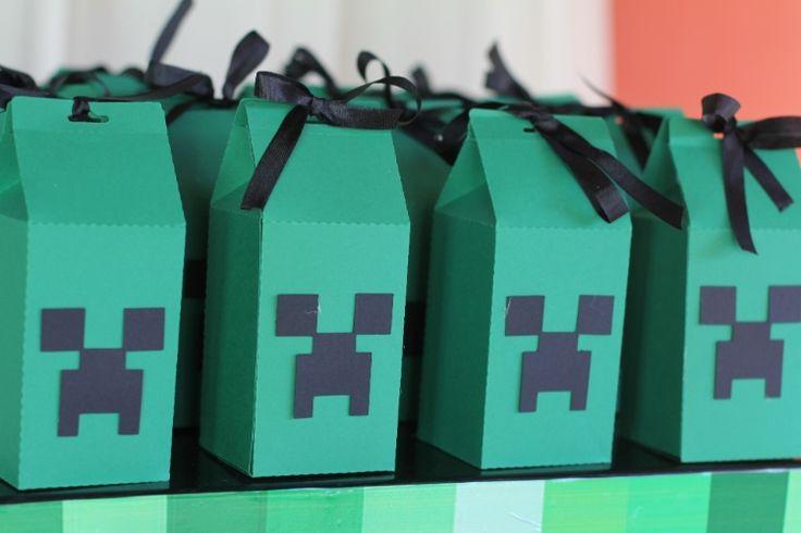 Mania entre as crianças, game Minecraft inspira decoração de aniversário - Gravidez e Filhos - UOL Mulher