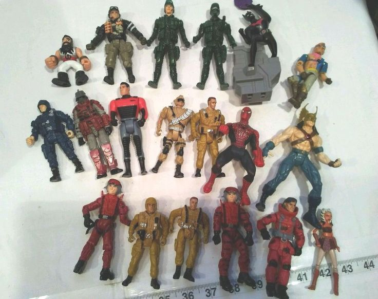 Action figures, HK Designs, Batman,spider man,army guys, etc Vintage 19 mixed