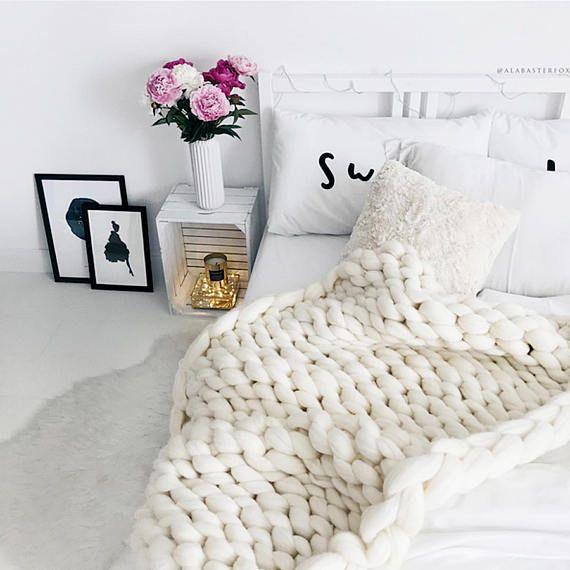 25 einzigartige stricken decke grobstrick ideen auf pinterest grobstrick decken arm knitting. Black Bedroom Furniture Sets. Home Design Ideas