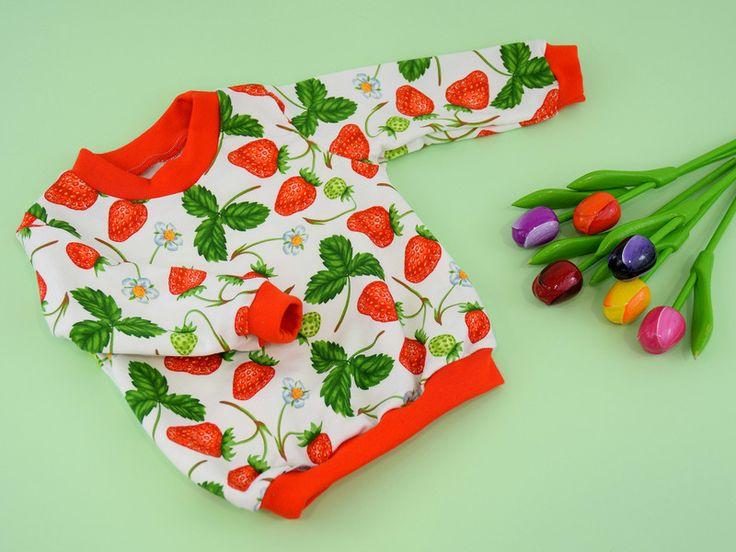 Jumpers & Sweatshirts – Children's sweatshirt Strawberries – a unique product by TupTupki on DaWanda