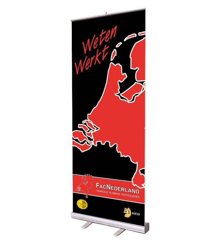 Roll-banners zijn dé oplossing voor situaties waar snel een opvallende presentatie over uw product of bedrijf nodig is. http://www.drukkerijvanark.nl/