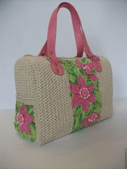 Купить или заказать вязаная сумка-саквояж с цветами в интернет-магазине на…