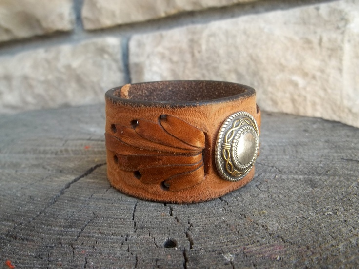 Leather cuff with beautiful accent: Leather Jewelry, Leather Cuffs, Leather Work