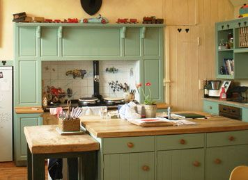 shabby chic painted kitchen cabinets 34 best images about house on 25962