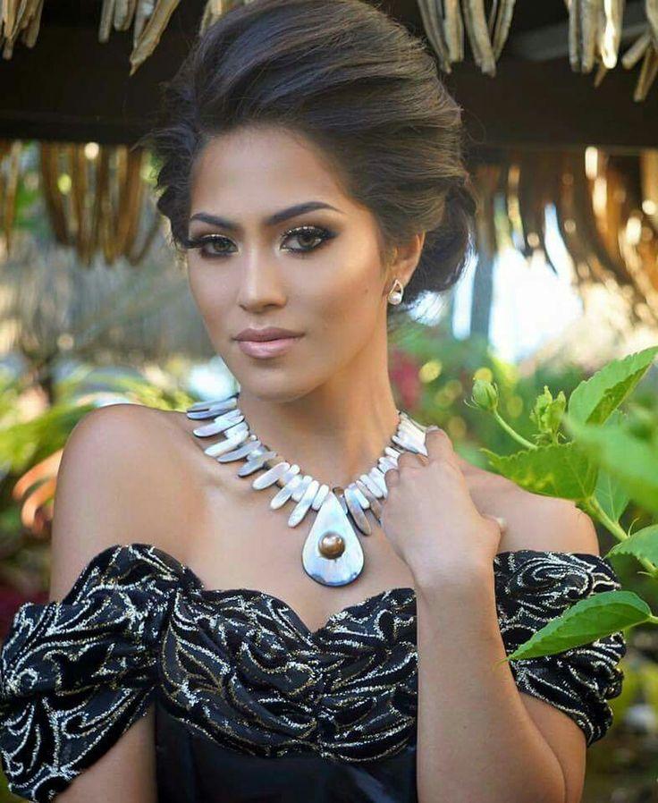 Tongan woman