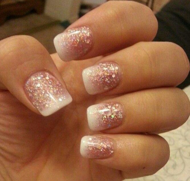Ongles d cor s avec des paillettes rose et blanc nails - Photos d ongles decores ...