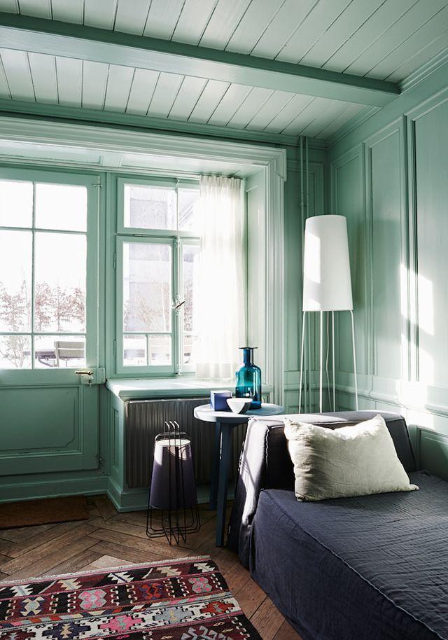 Aqua Elegance:  Home and Art | ZsaZsa Bellagio - Like No Other