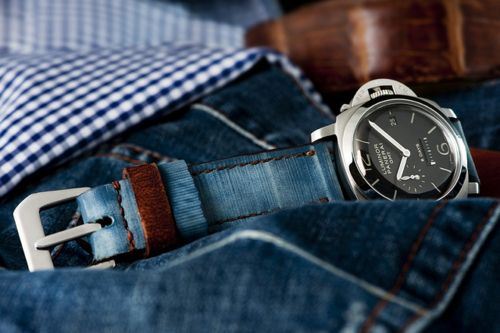 casual: Fashion Watches, A Mini-Saia Jeans, Fashion Style, Denim Fashion, Blue Jeans, Stonewash Blue, Panerai Watches, Girls Style, Watches Straps