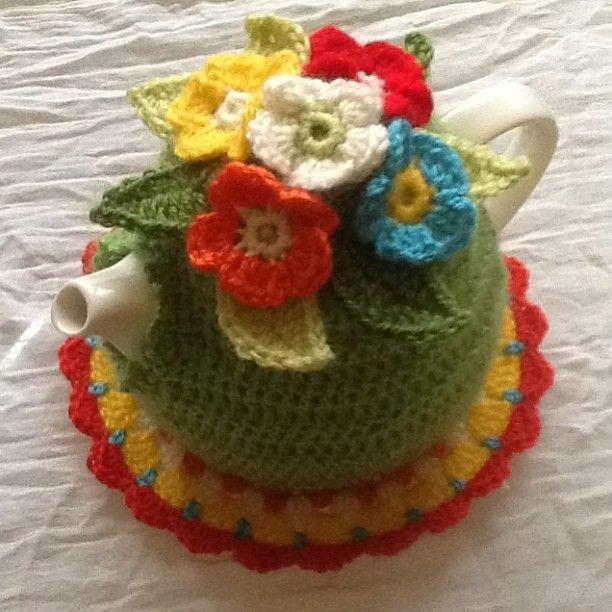 Crochet teapot
