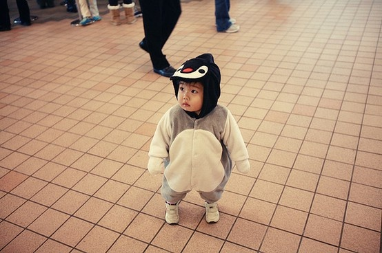 This is so cute! I want my child to be a penguin for halloween someday.