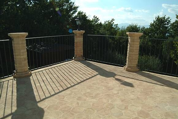 Esterno in cotto - pavimento terrazza | Outdoors, Gardening and ...