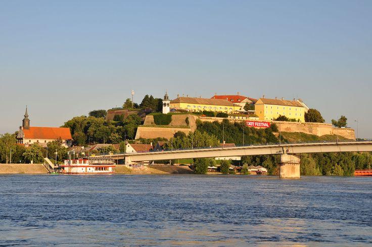 Novi Sad, Serbia: Fotografij Koristeći, Dizajn Blog, En Novi, Graficki Dizajn, New Now, Travel, Vaše Fotografij