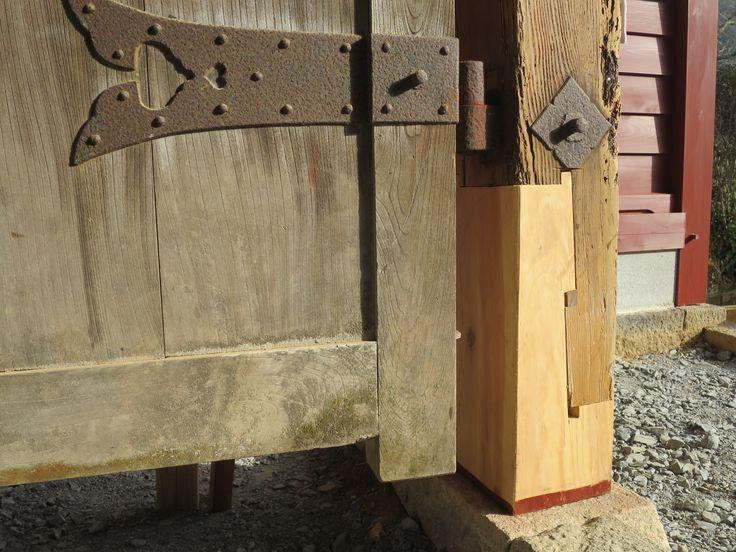 超腕利き大工のTさん継手の技術で門を再生(亀岡市郊外)