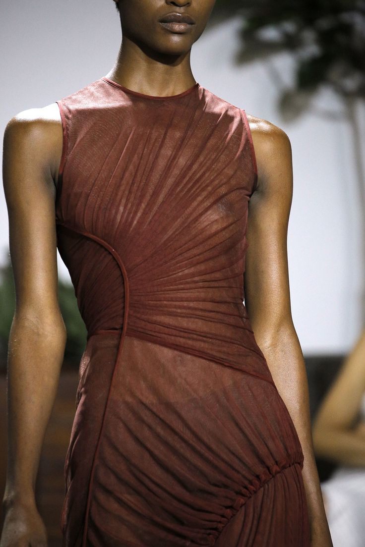 Jason Wu Spring 2017 Ready-to-Wear Fashion Show Details