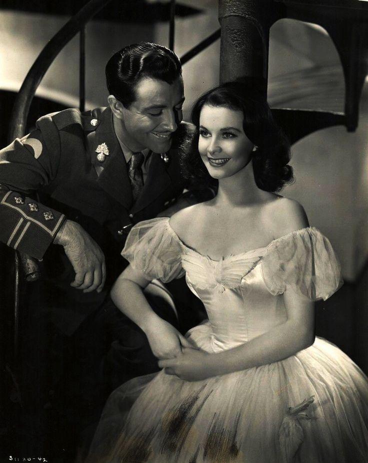 "Robert Taylor & Vivien Leigh ""Waterloo Bridge,""1940"