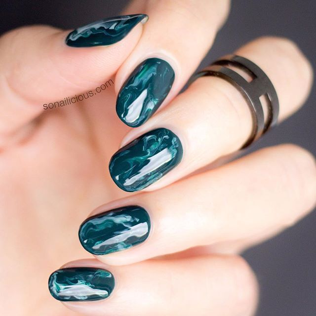 Green Marble nails with Sea Siren 'Seaweed' #sonailicious #nailart