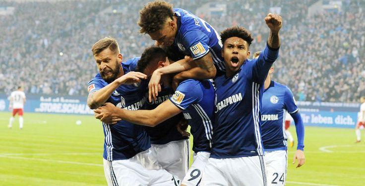Bundesliga: Schalke erobert Platz zwei - Der FC Schalke 04 schwimmt weiter auf der Erfolgswelle. Die Gelsenkirchener rückten durch einen 2:0-Sieg gegen den HSV auf den zweiten Tabellenplatz vor.
