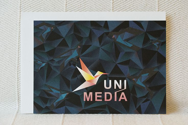 création 2016 de carton d'invitation Hortense Rossignol graphisme pour UNIMÉDIA | fibre optique, solutions internet, hébergement - impression réalisée en offset sur un papier Old Mill de la maison FEDRIGONI par l'imprimerie ABÉLIA à Angers