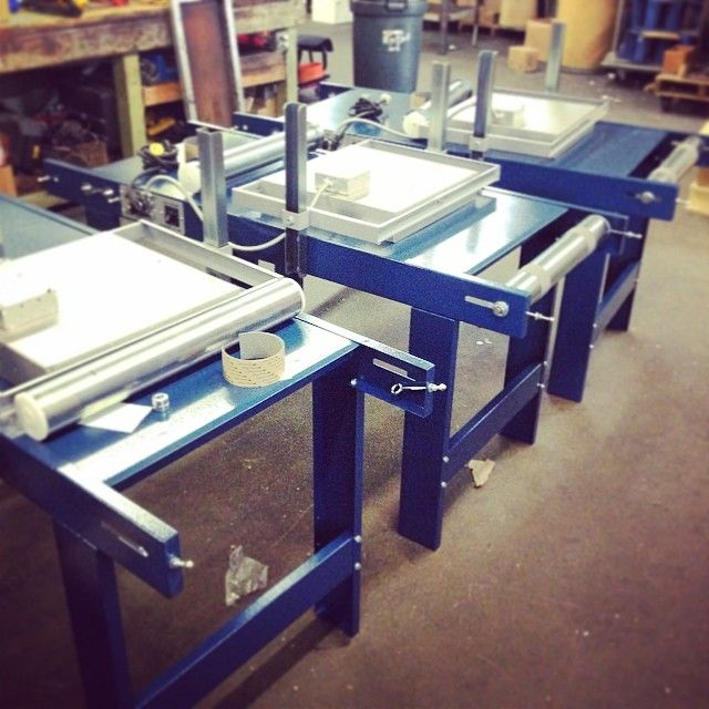 Small infrared conveyor dryer to cure screen printed plastisol ink
