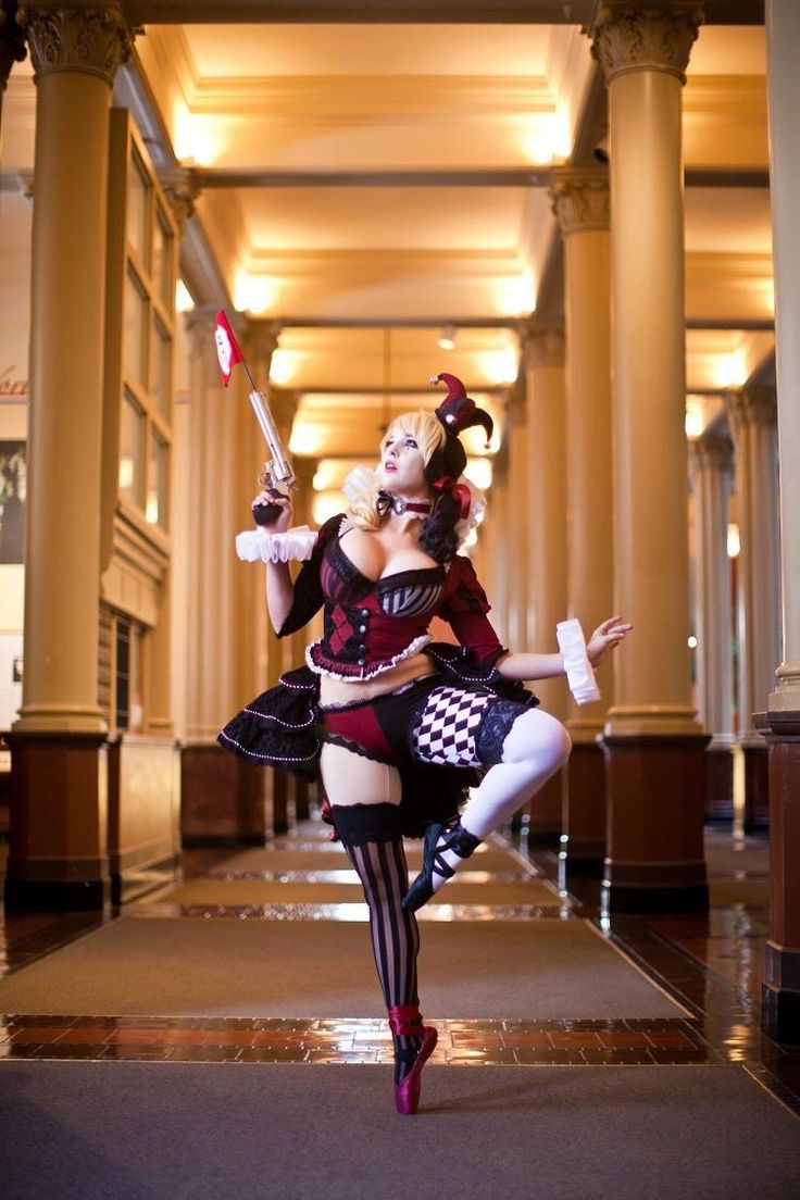 Lisa Lou Who as Ballerina Harley Quinn